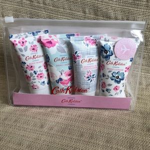 Cath Kidston Wild Rose & Quince Mini Travel Set